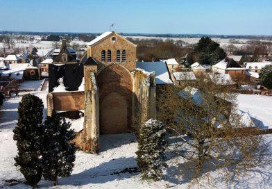 L'abbatiale sous la neige